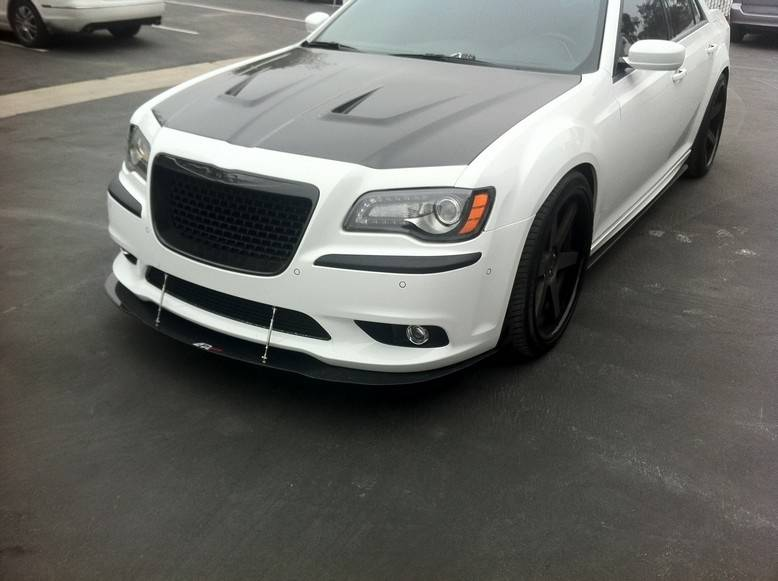 apr carbon fiber front wind splitter w rods chrysler 300c srt8 2012 2018. Black Bedroom Furniture Sets. Home Design Ideas