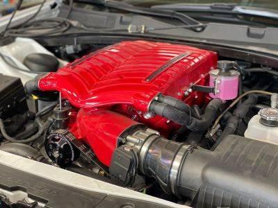 whipple superchargers - whipple supercharger kit: dodge challenger 6 1l  srt8 2008 - 2010