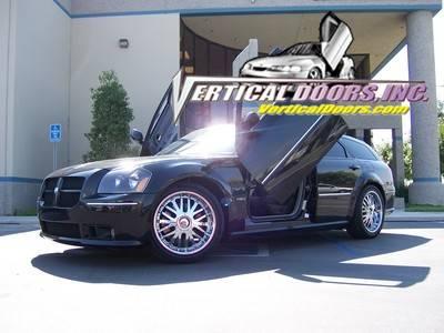 Vertical Doors - Vertical Doors: Dodge Magnum 2005 - 2008 (Alll Models)