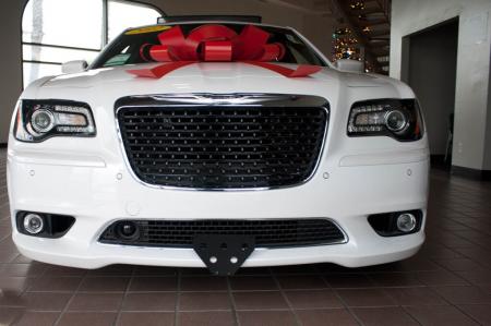 StoNSho - Sto N Sho Quick Release Front License Plate Bracket: Chrysler 300 SRT8 2012 - 2014