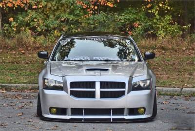HEMI EXTERIOR PARTS - Hemi Lips & Side Skirts - APR - APR Carbon Fiber Front Wind Splitter w/ Rods: Dodge Magnum SRT8 2006 - 2008