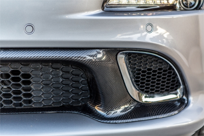 HEMI CARBON FIBER PARTS - Hemi Carbon Fiber Accessories - TruCarbon - TruCarbon LG193 Carbon Fiber Lower Grille: Jeep Grand Cherokee SRT8 2014 - 2020