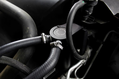Mishimoto - Mishimoto Baffled Oil Catch Can: Dodge Ram 5.7L Hemi 2009 - 2018 - Image 7