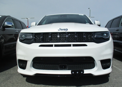 Jeep Grand Cherokee Exterior Parts - Jeep Grand Cherokee License Bracket - StoNSho - Sto N Sho Quick Release Front License Plate Bracket: Jeep Grand Cherokee SRT / Trackhawk 2017 - 2021